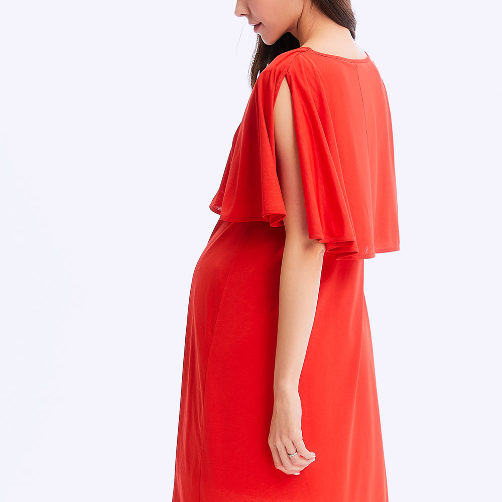 Cold and elegant pregnancy and feeding dress